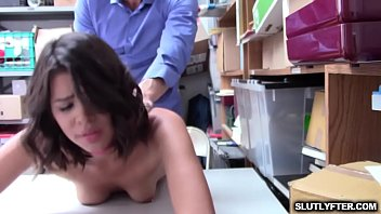 a needs pretty babe her spanking wound for axe Vieille franaise poilue anal