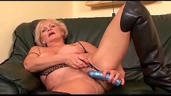 licking cloth in hot milf Pov jessica jaymes