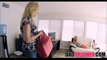 while mom forced got massage Step daughter fucks with dady