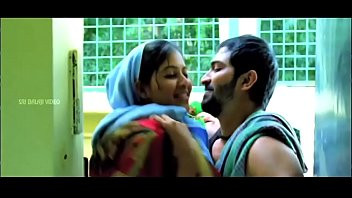 movies hot telugu Manoseando vajina tia doormida