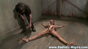 jouir and bdsm to orgasm forced torture Milly dabbraccio gratis