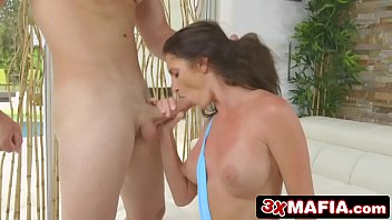 gives exam dentist milf saige oral her an angelica bigboobed Wife fucking her ass