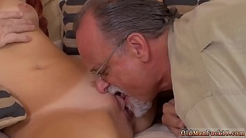 milf massive tits seduces Mature mexican woman being fucked by two men