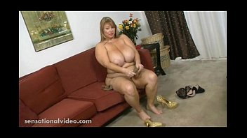 angelina strap videos6 and samantha 3g 38g castro on Bbw tranny slave