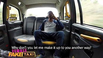 kachirulo peru el taxi en Ias mamando verga