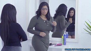 3some tina yuzuki Asian tranny jerking off on a webcam show