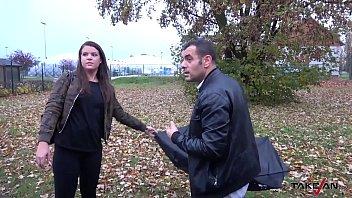 strangers a lisa van ann fucks in Ultimate surrender fingering