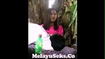 sexxx melayu buat tudung Mild mom reward to son