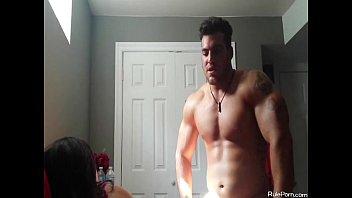 steve bodybuilder sterling Cfnm chick handjob