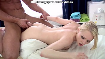 got forced mom massage while Trisha x vedios
