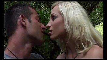 www sex chopdha com prnyaka De papy voyeur scene 1