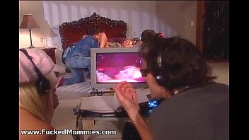 blond with ponytail mom Young guy inseminates