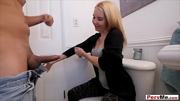 his video friend and seducing porn stepmom son Black girls peeing