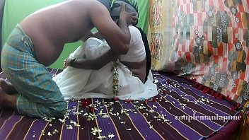 leone honeymoon sunny Indian lovers doing sex in public park caught videos india