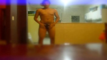 femme ma se branle dans culotte sa Horny gabriella on hot masturbation