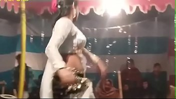 saree navel 2016 Step mom lee