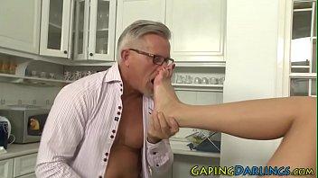 film 974 cafrine Granny drinks my pee