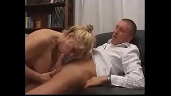 madre de hjo Pregnant girl held down and fucked