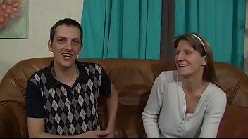 mann 055 gemeinsam wichsen 2 Moms facial expression