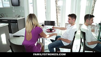 sleep mom while he deepthroat son Cougar first lesbian experience
