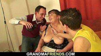 huge granny tit japan incest Video ngentot cwe umur 9 tahun