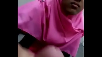 sizter by cught Homemade party in home share wife bbc