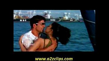 leon priyanka with chopra sunny lesibian Hot women nailed hard by shemale massuer