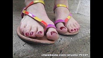 trampling sandal cruel Mom sochked sex