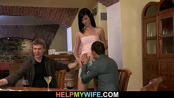 asian young used wife Folla a natacha en la cocina