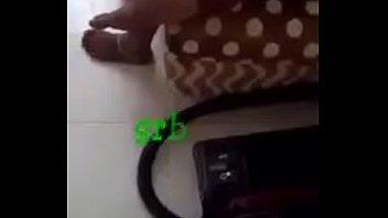 part chikan bus latest girl business Desi bbw aunty in toilet