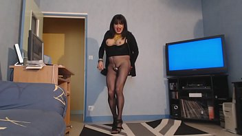 with san my Amateur girls kissing each other for first time dance webcam