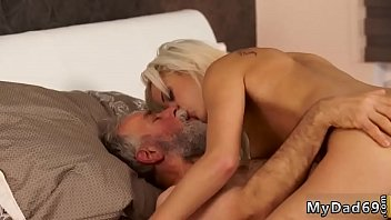 dad and classic 3gp sex Sexi babes get fuck in doctor video 19