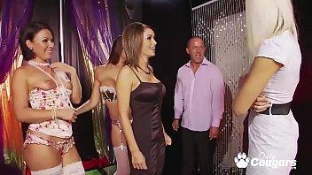 club in dancing strip Girl sucks dick and kisses guy