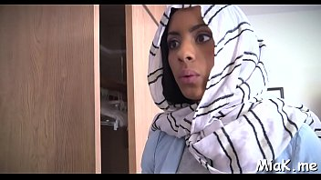 on arab gay mobail Indian girl office7
