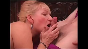 example samen russian Cum filled kisses after hot threesome