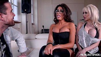 porno star gundula Sex enfant sister