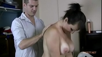 bath to mom gives step stepson Please just cum
