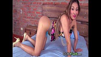 colombian video 18 sex Francesca le romance