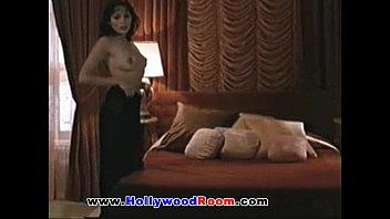 hollywood actress jolenude angelina bathing4 Awek di gilir