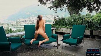 outdoor brunette striptease lingerie Fadwa marwa casa